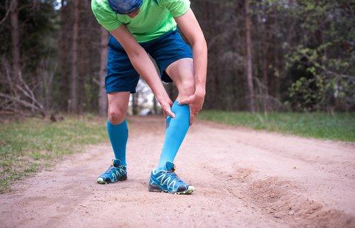 Image of a man getting shin splints, Image by ModPod Sports Podiatry